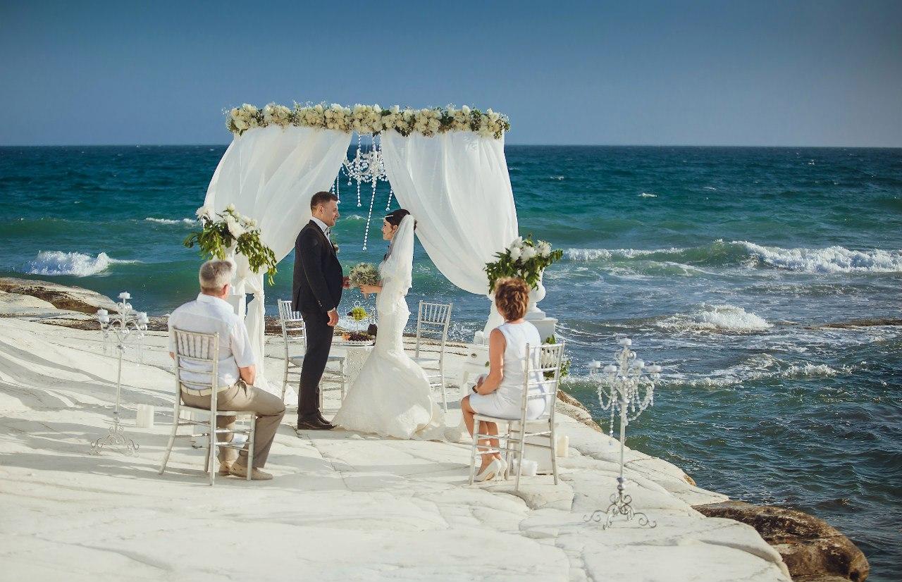 Место для фото на свадьбе